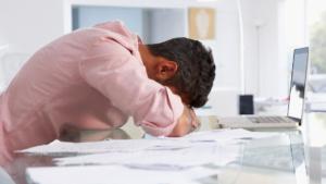 Não abuse de si e não force uma carga pesada de trabalho