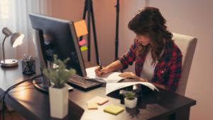Precisando de dicas saudáveis para trabalhar em casa?